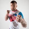 Брянский боец ММА Алексахин бесплатно научит атаковать и защищаться