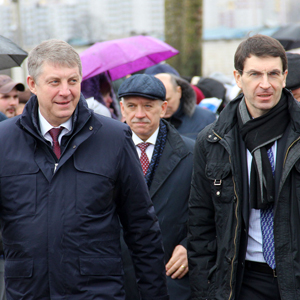 Артем Осипенко принял участие в закладке памятного камня в основание Дворца единоборств